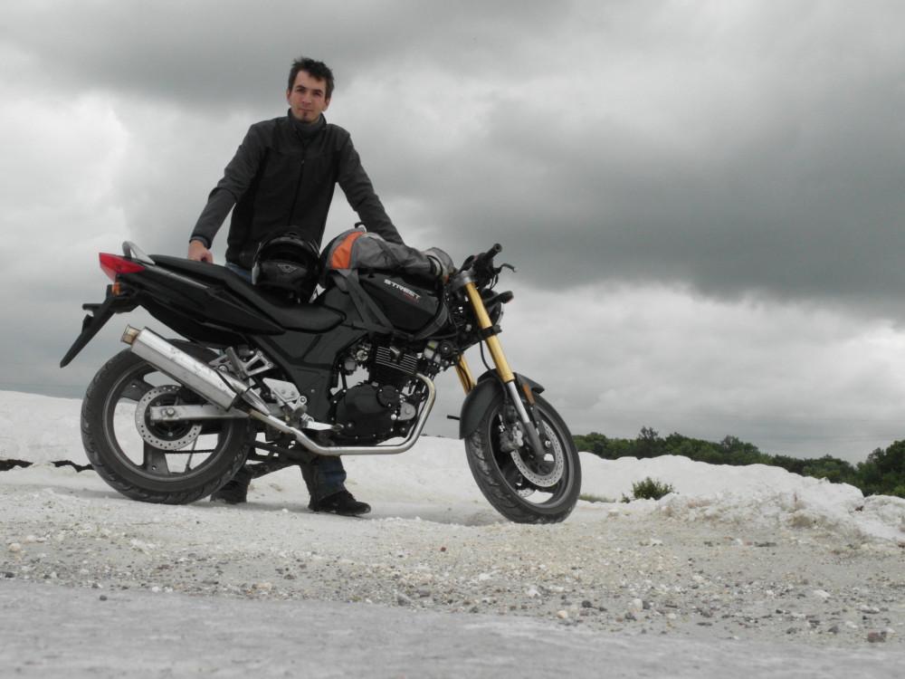 Я и мотоцикл.
