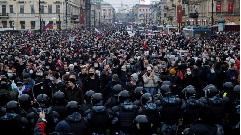 СПб, Невский проспект, перекрытой толпой в районе Казанского собора 23 января 2021 года. Фото из интернета