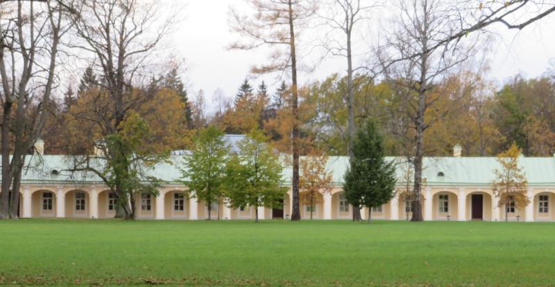 Западный флигель Большого Дворца со стороны Южного двора