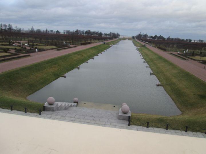 Центральный канал нижнего парка