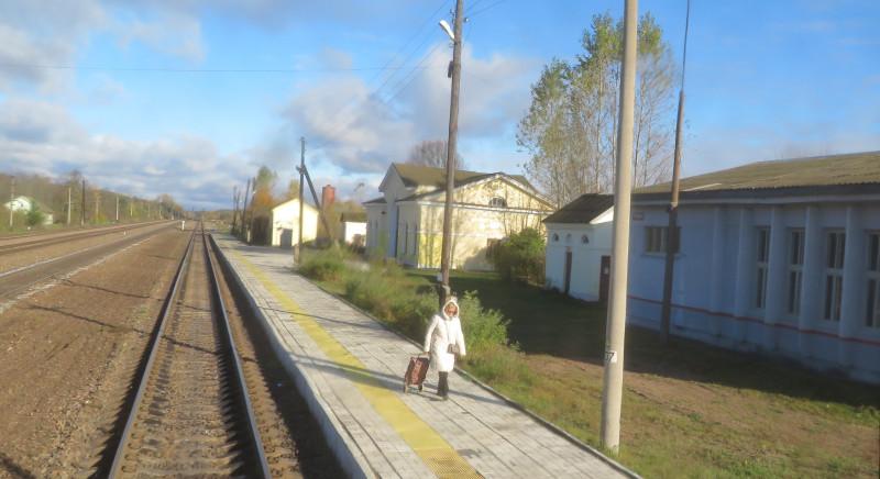 На станции Уторгош не многолюдно