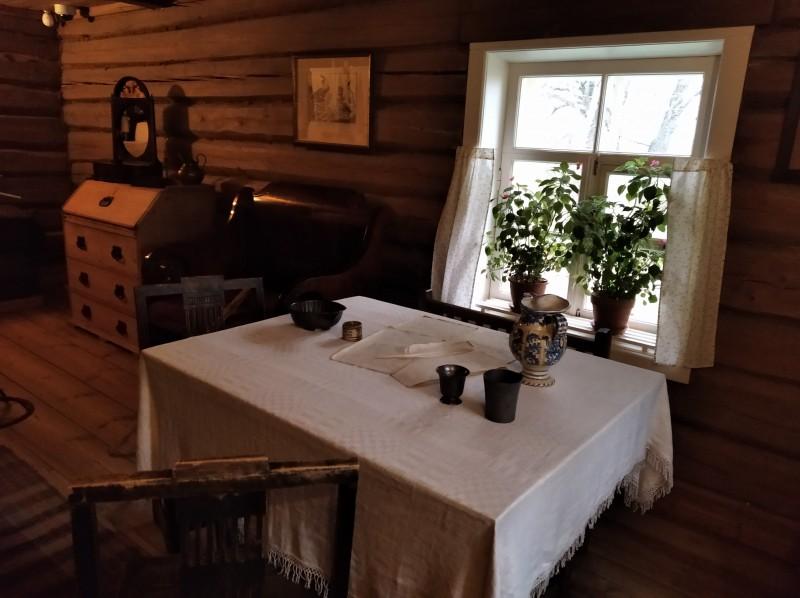 Во второй комнате бани летом жила прислуга