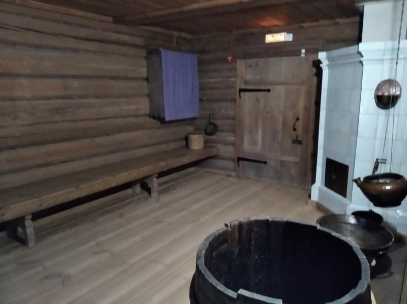 Так выглядела помывочная бани, где мылись баре и дворовые