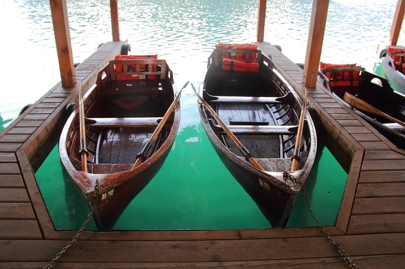 3 лодки