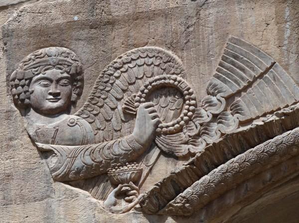 Рельефы арки Так-Бостан, Иран, IV -VII вв.