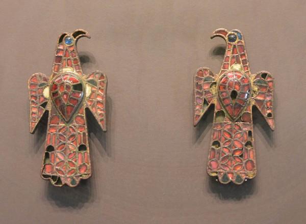 Пряжки, фибулы и др. из Мадридского археологического