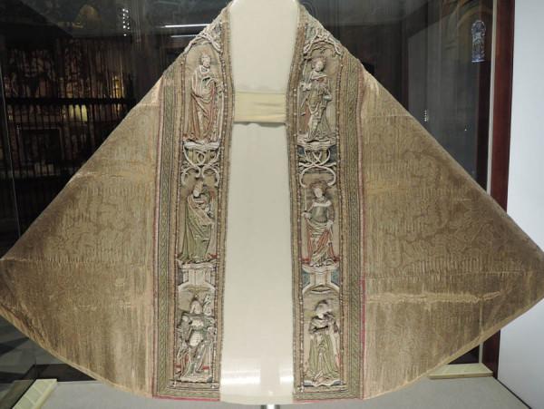 Плувиал Карла Пятого, Севилья, Кафедральный собор