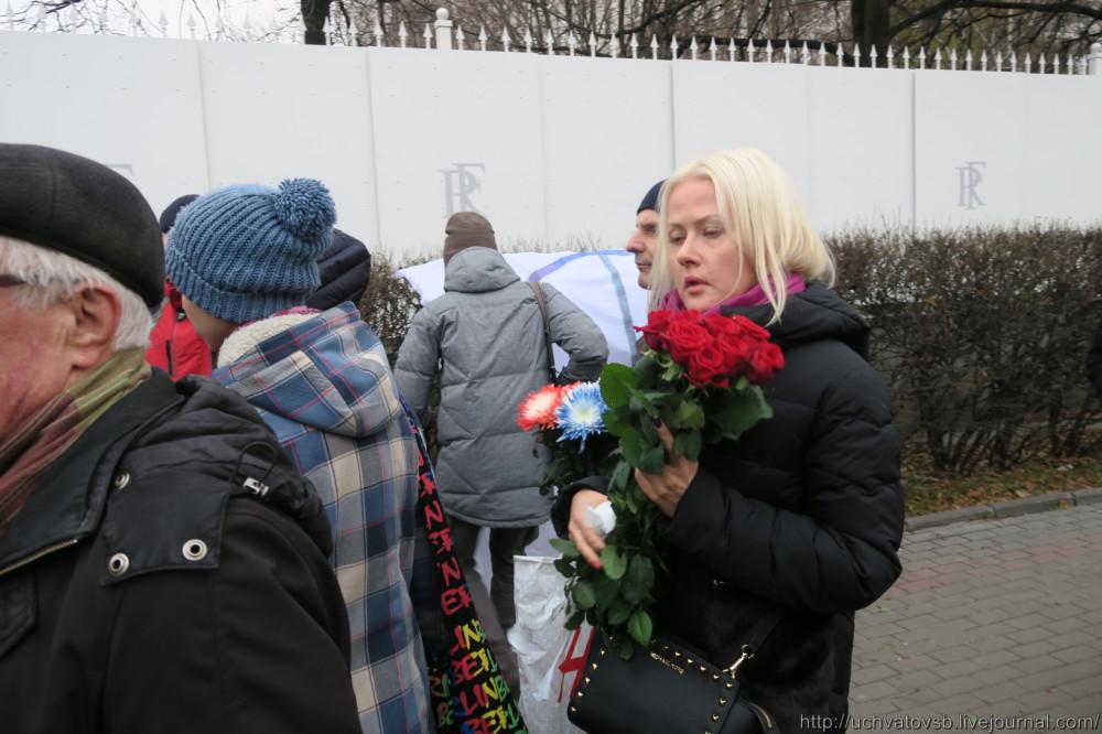 {Москва - Французское посольство 14 июня 2015 года }-18