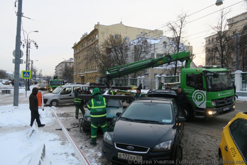 {как в Москве эвакуируют автомобили}-3