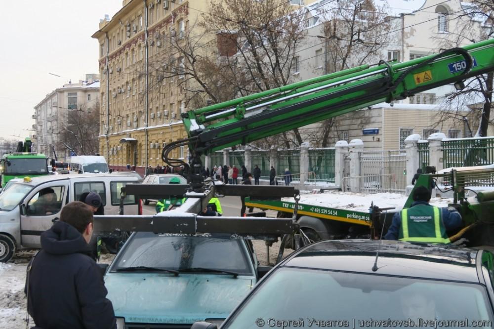{как в Москве эвакуируют автомобили}-4