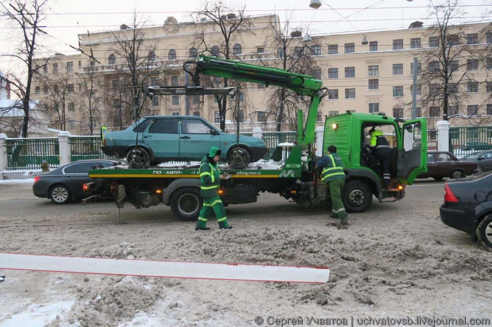 {как в Москве эвакуируют автомобили}-7