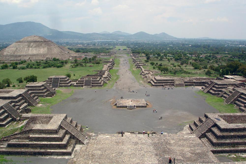 mexico-teotihuacan-citadel