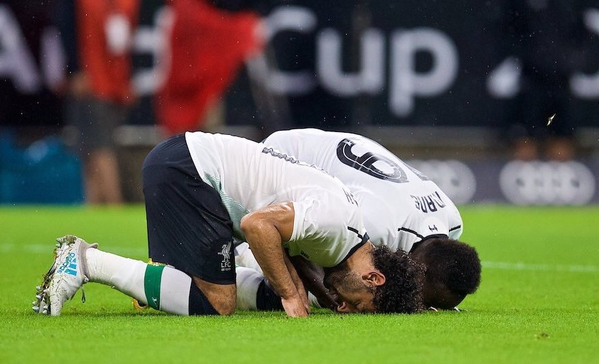 Liverpool-Fan-M.-Salah-Will-Turn-Me-Muslim.jpg