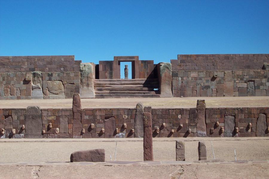 Tiwanaku_VerzonkenTempel