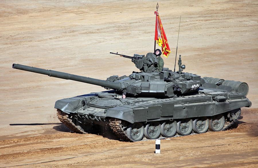 1280px-T-90A_-_TankBiathlon2013-12