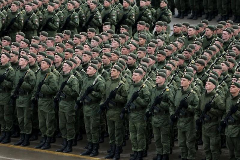 1414642314_armiya-voennye-soldaty-foto-s-minoborony