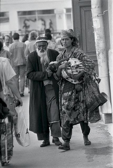 семья из таджикистана 1996
