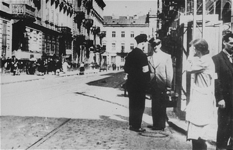 Львов.Июнь 1941. Милиция ОУН