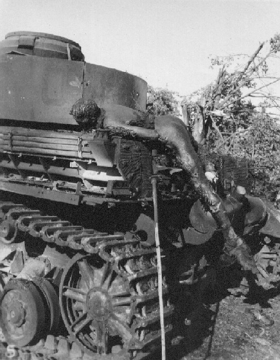 Танковая война. Сгоревшие заживо. Burnt German Tankman Chambois France