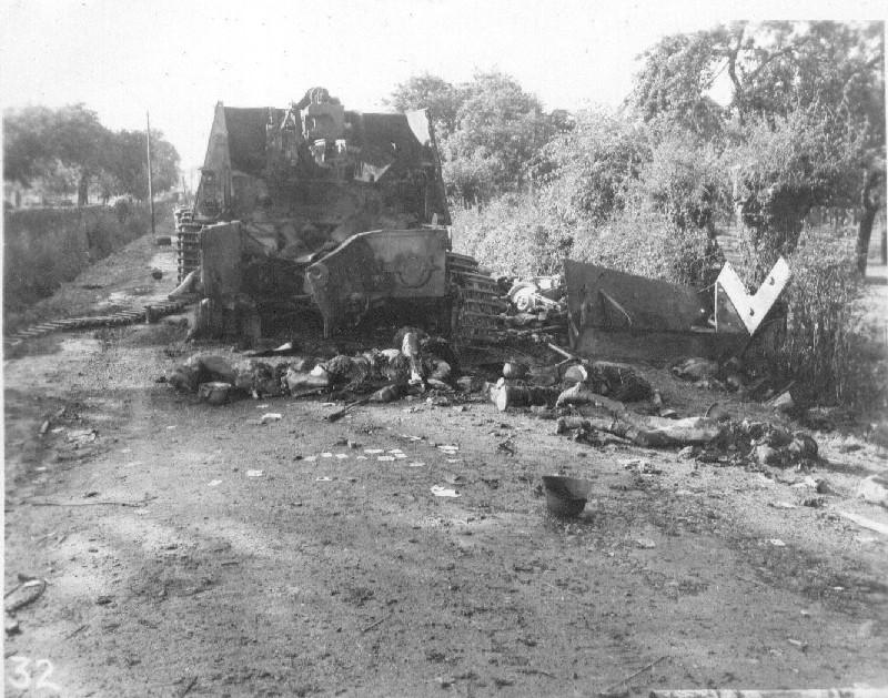 Танковая война. Сгоревшие заживо. Destroyed Vehicles and Germans, Chambois