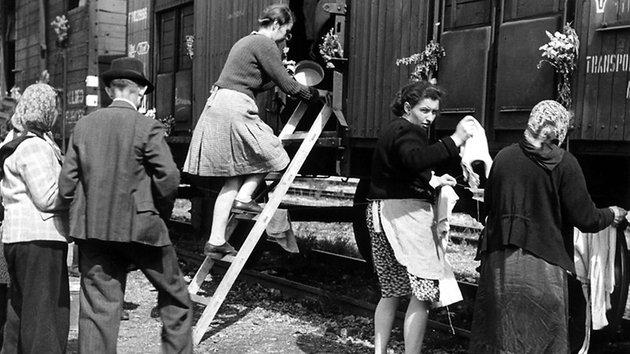 Судетские немцы 1945- погрузка в вагоны