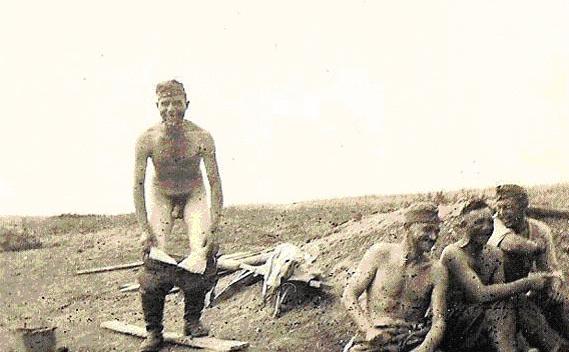 Naked Germans-4