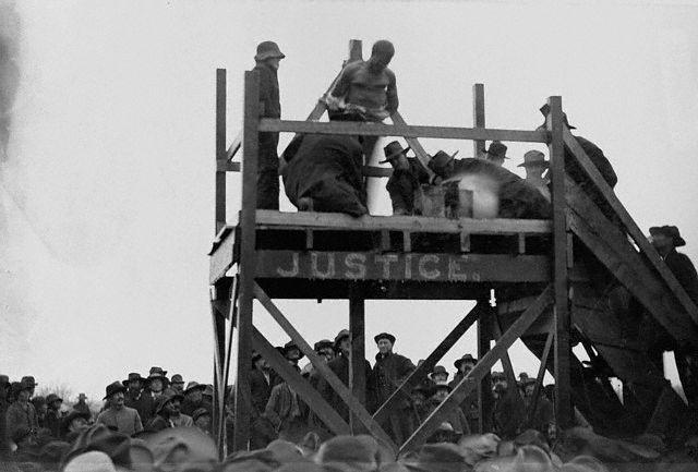 1893, Paris, Texas, USA . Henry Smith lynching