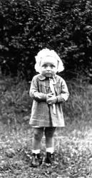 Kuty. Чеслава Хжановска (2 года). В апреле 1944 года бандеровцы убили её в кроватке.