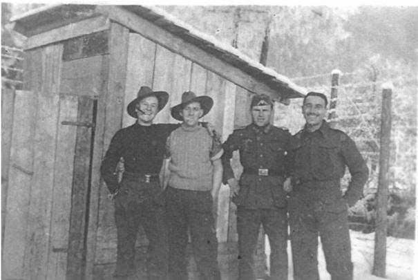шталаг-18А - австралийцы и охранник