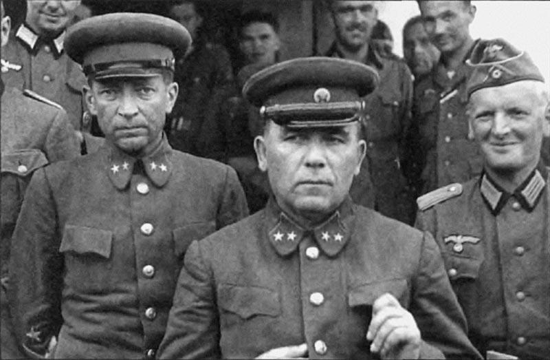 Понеделин и Кириллов с немцами