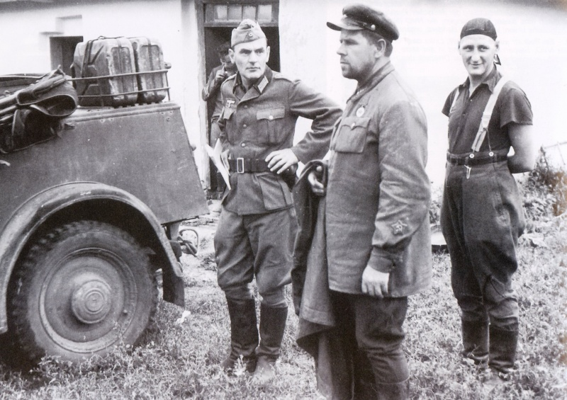 Политработник перед расстрелом 1941