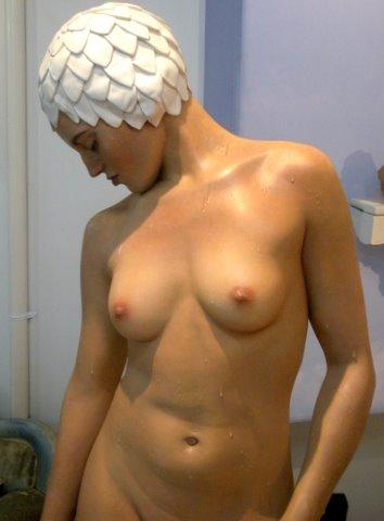 carole-feuerman-hyper-realism-sculpture 2