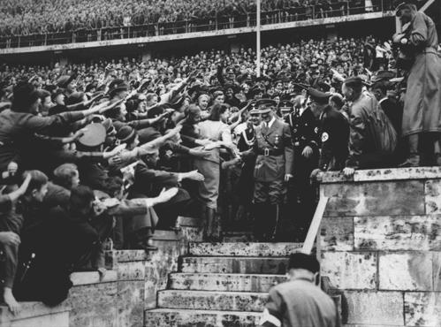 Гитлер Олим.стадион