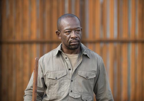 Morgan-Jones-the-walking-dead-38898765-500-352