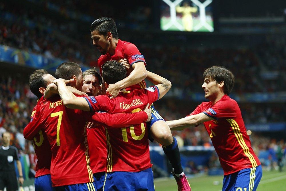 футбол чемпионат европы прямой эфир испания турция смотреть отношения