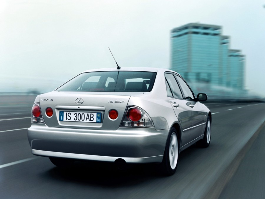 2001_lexus_is300_53