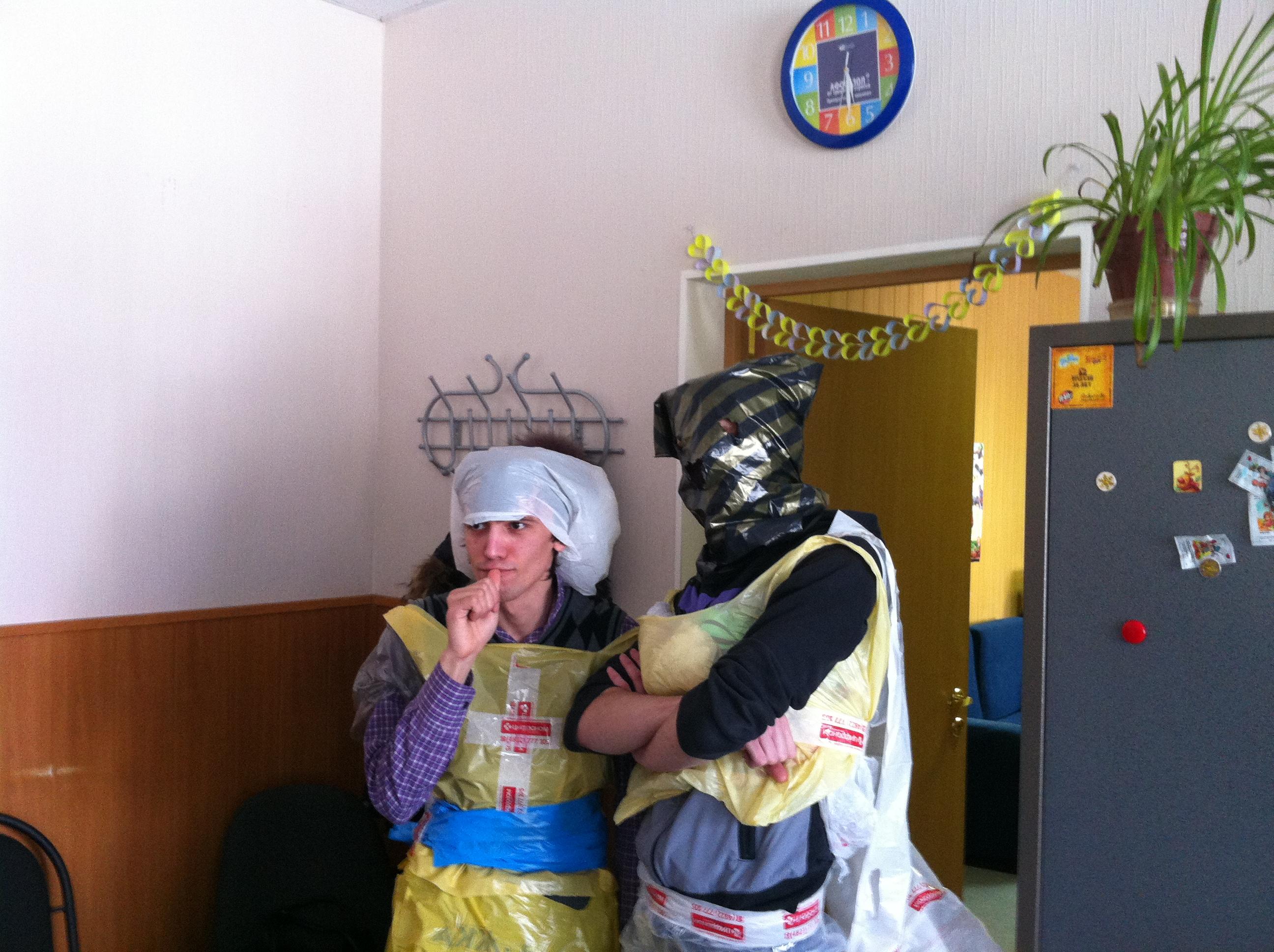 Русский сынок накормил маму и уговорил ее на секс 20 фотография