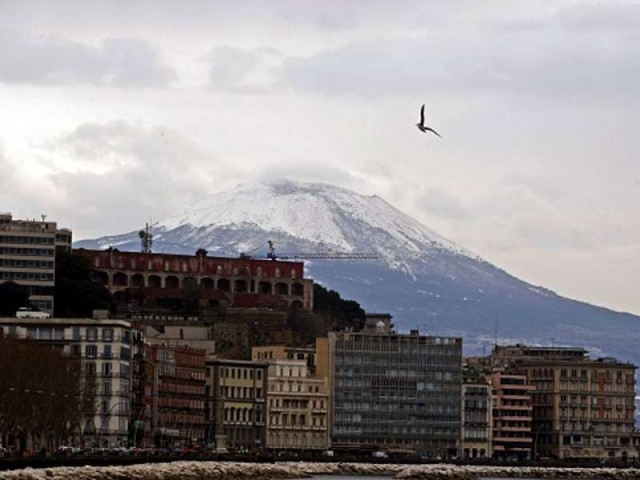 снег на Везувии