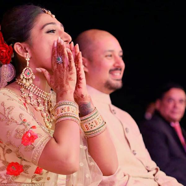 Индийская свадьба: Состоялась помолвка принцессы из королевской семьи Рева engagement-06-eng-couple