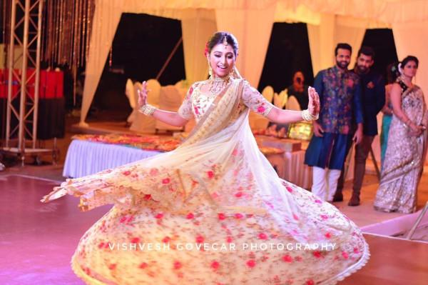 Индийская свадьба: Состоялась помолвка принцессы из королевской семьи Рева engagement-16-bride