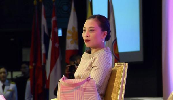 ASEAN Women-02