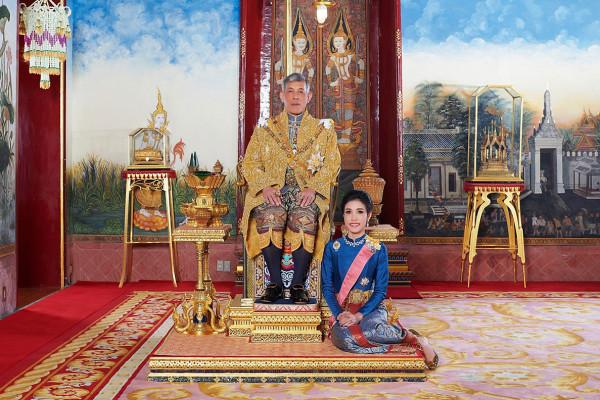 Вторую жену короля Таиланда приговорили к 2 годам тюрьмы (фото)