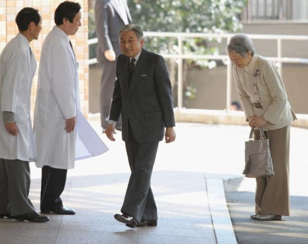 akihito-po-operacii
