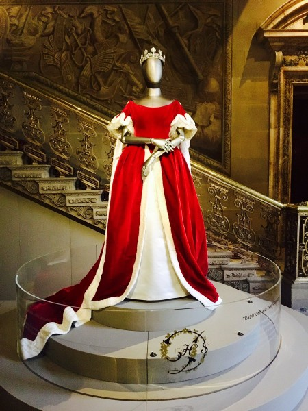 коронац-платье-герц-04