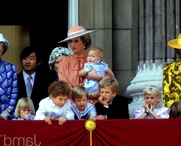 1985_нару-Trooping The Colour