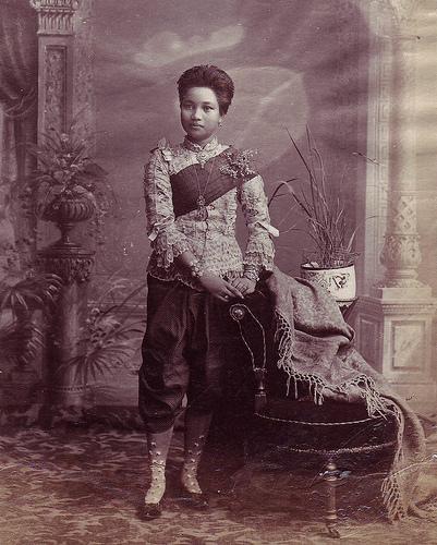 1870 portrait of a noble court member