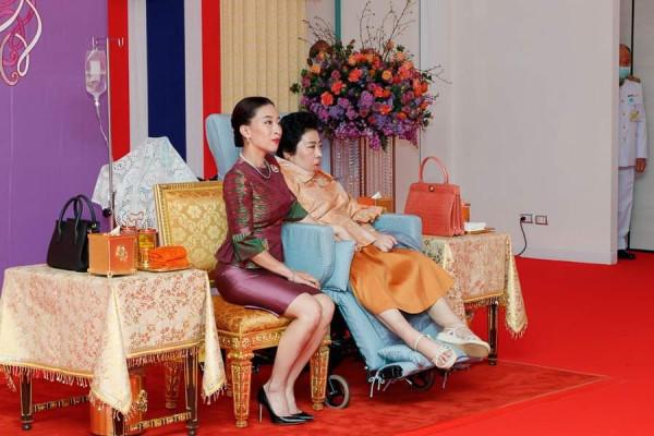 chulalongkorn-hospit-02