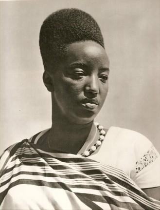 Queen Rosalie Gicanda-03