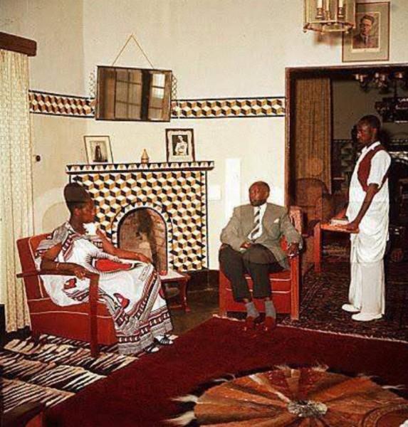 Mutara iii Rudahigwa+Queen Rosalie Gicanda-01