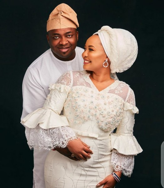 King Saheed Elegushi Kunsela III+2nd wife-01